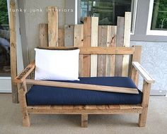How I built the pallet wood sofa (part via Funky Junk Interiors How I built the pallet wood sofa (part takes you step by step in creating one of a kind, comfortable outdoor furniture. For nearly free! Wood Pallet Furniture, Wood Sofa, Diy Outdoor Furniture, Furniture Plans, Diy Furniture, Bedroom Furniture, Palette Furniture, Recycled Furniture, House Furniture