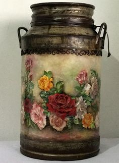 1 million+ Stunning Free Images to Use Anywhere Stencil Painting, Tole Painting, Yard Art, Milk Can Decor, Painted Milk Cans, Old Window Projects, Old Milk Cans, Ball Jars, Vintage Tins