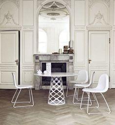 Tavolo rotondo moderno in legno e metallo - AOYAMA by Paul Leroy - GUBI