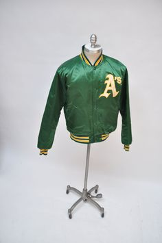 Oakland athletics vintage starter jacket throwback large 80s oakland a s cc372961b97d