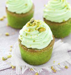 Thermomix vous offre une belle recette gourmande de cupcakes à la pistache, à proposer à l'heure du goûter ou quand vous voulez !