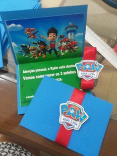Invitacio ina | Atelier Di Chlo | Elo7 1st Birthday Boy Themes, Happy Birthday Baby, Boy Birthday Parties, 3rd Birthday, Paw Patrol Party, Paw Patrol Birthday, Puppy Party, Baby Party, Balloon Decorations