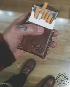 HANDMADE LEATHER WORKS HANDMADE LEATHER CIGARETTES CASE