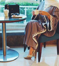 Abaya and hijab Arab Fashion, Islamic Fashion, Muslim Fashion, Modest Fashion, Abaya Dubai, Abaya Designs, Modest Wear, Modest Dresses, Hijab Dress
