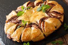 Nutellás csillagsüti – látványos és finom | nlc Nutella, Chicken, Food, Essen, Meals, Yemek, Eten, Cubs