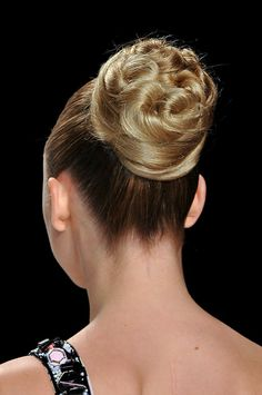 twisted formal bun