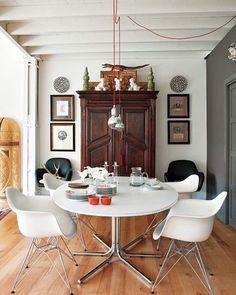 The Modern Mix: 10 Ways to Work Vintage Pieces into Modern Interiors | Apartment Therapy