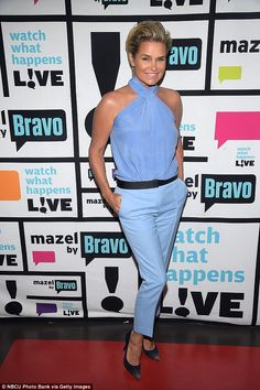 Erin and Sara Foster shed new light on how they really feel about their father David Foster's ex-wife Yolanda Hadid. Fashion Cover, Fashion Tv, Star Fashion, Fashion Models, Fashion Beauty, Yolanda Hadid Modeling, Sara Foster, Yolanda Foster, Black Bikini