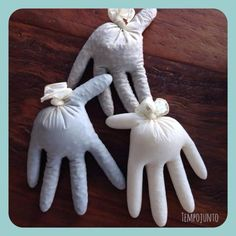 Mãos sensoriais feijão arroz e lentilha