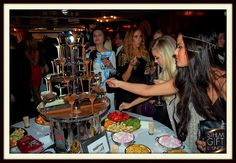 STHLM  Gift Lounge Finest Awards Hyr en choklad fontän . nu