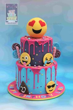 Birthday cake girls ideas for 2019 Bolo Drip Cake, Drip Cakes, Birthday Cake With Photo, Birthday Cake Girls, Emoji Birthday Party Ideas Girls, Amazing Birthday Cakes, 9th Birthday, Cupcakes, Cupcake Cakes