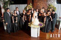 Madrinhas de preto. Sim..É permitido. Casamento da Tássia e Leandro. Momento lindo ������✂@tassiadilauro  #vestidodemadrinha #madrinhadecasamento #madrinhaspadronizadas #madrinhasiguais #madrinhas #madrinhasrj #madrinhasdepreto #casamento #marriage #wedding #bride #bridal #instalove #picoftheday #casar #love #amor #follow4follow #followme #casamentorj #riodejaneiro #mansaocarioca #altodaboavista #carioca #021 #festa #fashiondresses #dresses #vestidos #atelie…