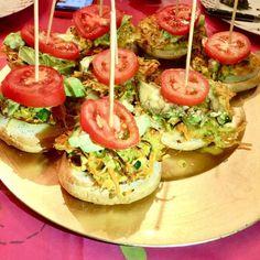 "@pat33680 on Instagram: ""#food #bonappetit #burger #naturel  It's very good"" Bruschetta, Bon Appetit, Ethnic Recipes, Instagram, Food, Essen, Yemek, Meals"