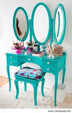 Amazing blue makeup table - don't like the color but love the idea