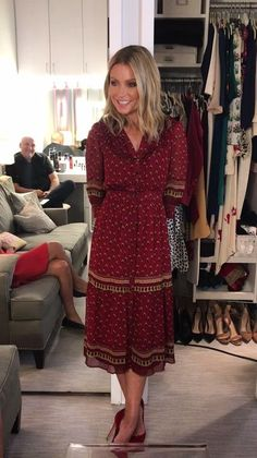 Welcome to the official website for the nationally syndicated talk show LIVE with Kelly and Ryan. Kelly Fashion, Kelly Ripa, Style Finder, Fashion Finder, 18th, Shirt Dress, Shirts, Dresses, Vestidos