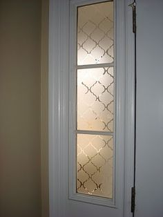 """""""Frosted"""" Privacy Window - Done with Contact Paper.for the small sidelight windows on either side of your front door. Bathroom Window Coverings, Door Window Covering, Bathroom Windows, Glass Bathroom, Door Window Treatments, Bathroom Doors, Sidelight Windows, Front Doors With Windows, Curtains On Front Door"""