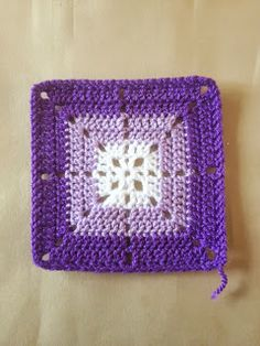 365 Granny Squares Project: An afternoon at the cricket......