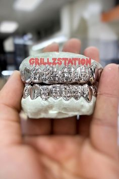 Custom Grillz Princess cut with Dust By Grillzstation ( Silver , - Real Gold ) Real Gold Grillz, Silver Grillz, Diamond Cut Grillz, Diamond Cuts, Bottom Grillz, Gold Teeth, Natural Teeth Whitening, Face Design, Princess Cut