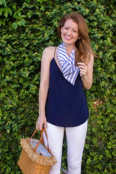 OUTFIT: 5 WAYS TO TIE A SMALL SILK SCARF