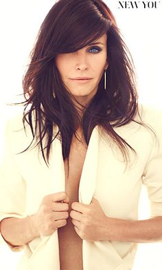 Courtney Cox! I do hope I look this good when I'm about to turn 50!! Love her hair