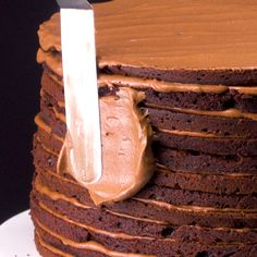 The Ultimate Moist Chocolate Cake Recipe with a Whipped Chocolate Frosting. Ridiculously easy and makes a stunning birthday cake! Baking Recipes, Cookie Recipes, Dessert Recipes, Chocolate Chip Cookie Cake, Chocolate Frosting, Bolo Chocolate, Raspberry Chocolate, Easy Cupcake Recipes, Chocolate Recipes