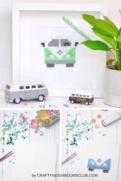DIY mit Bügelperlen. Ein tolles Geschenk für Bullie-Liebhaber oder auch als Gutschein für einen Ausflug. Wie ihr mit Bügelperlen diesen tollen Bullie  selbermachen könnt, zeigen wir euch auf Craftyneighboursclub.com#vwbus #bullie #beads #bügelperlen