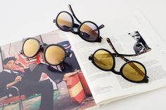 """The sunglasses in the Etnia Barcelona Basquiat collection bear a gold inlay of his iconic """"Crown"""", in honor of the crown recurrently featured in the work of the artist. Cat Eye Sunglasses, Round Sunglasses, Culture Art, Etnia Barcelona, Optometry, Consideration, Frames, Crown, Bear"""