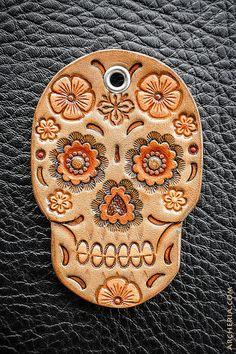 Leder Sugar Skull Schlüsselanhänger von ARCHERIA auf Etsy