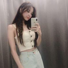 Seohyun, South Korean Girls, Korean Girl Groups, Selfies, Hyun Seo, Girls' Generation Tts, Snsd Fashion, Kwon Yuri, Popular Girl