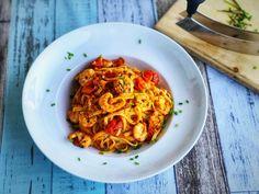 Hallo Italien l Spaghetti mit Gambas Tomaten und Rucola Jamie Oliver, Pasta, Ethnic Recipes, Smoothie, Cuisine, Recipes For Shrimp, Vegan Recipes, Pasta Meals, Smoothies