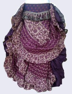 eggplant block print 25 yard skirt (no link :( ) Tribal Fusion, Dance Fashion, Boho Fashion, Belly Dance Skirt, Dance Skirts, Tribal Skirts, Tribal Costume, Belly Belly, Ethnic Chic