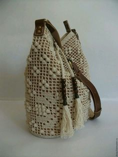 filet y popcorn, buena idea Bag Crochet, Crochet Shell Stitch, Crochet Handbags, Crochet Purses, Best Purses, Diy Handbag, Basket Bag, Fabric Bags, Knitted Bags