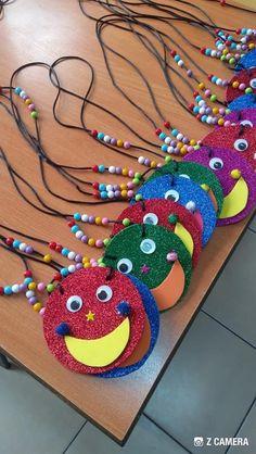 Easy Valentine Crafts for Kids to Make Kids Crafts, Preschool Crafts, Diy And Crafts, Arts And Crafts, Paper Crafts, Clown Crafts, Preschool Education, 3d Paper, Valentine Crafts For Kids