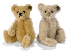 Two tiny Steiff teddy bears from the 1920s.