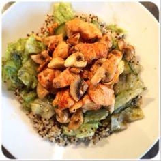 Quinoa kip pesto a la Femke Pesto, Quinoa, Smoothies, Clean Eating, Chicken, Drinks, Food, Mushroom, Smoothie