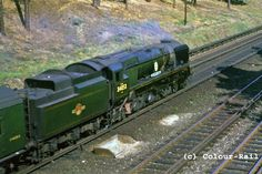 Southern Trains, Merchant Navy, Bullen, Battle Of Britain, Model Train Layouts, Steam Engine, Model Trains, Locomotive, Great Britain