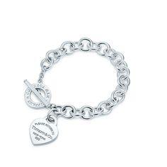 Return to Tiffany™:Bracciale piastrina a cuore<br>chiusura toggle