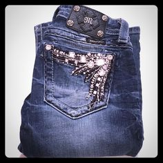 """Miss Me Rhinestone Boot Dark Denim Jeans! Blinged out rhinestone back pockets on size 25 (inseam 33"""") Miss Me dark denim jeans! Color: DK 56. EUC, no stains and from smoke free home. Distressed thighs, right front pocket bling, signature Miss Me patch on back. Style: Bootcut. Style #JE5651B2L. Miss Me Jeans Boot Cut"""