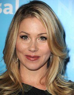 Beige Blonde Christina Applegate