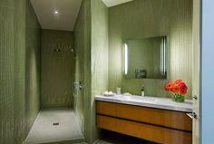 20 Neat Bamboo-Themed Bathrooms