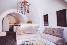 Caveland hostel - Santorini, Greece
