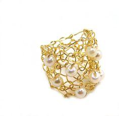 Big Gold Ring / Ivory Cream Pearl Cocktail Ring / от lapisbeach