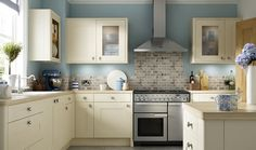 [ Milton Bone Kitchen Wickes Grey ] - Best Free Home Design Idea & Inspiration Duck Egg Kitchen, New Kitchen, Kitchen Decor, Kitchen Design, Kitchen Ideas, Duck Egg Blue And Cream Kitchen, Kitchen With Blue Walls, Cream Kitchen Walls, Cream Country Kitchen