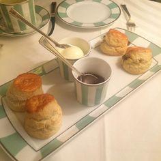 Craving this!!! #Clairdges #London #scones #clottedcream #marcopologelée #afternoontea