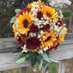 Sunflower Bouquet, Bridal Bouquet with Sunflowers and Roses, Bridesmaid Bouquet, Sunflower Centerpiece, Yellow and Burgundy bouquet – Wedding Centerpieces Rose Wedding, Dream Wedding, Wedding Day, Wedding Reception, Reception Ideas, Sun Flower Wedding, Rustic Wedding, Wedding Venues, Autumn Wedding