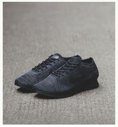 Nike Flyknit Racer: Black