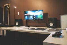 Desktop_UltlaWideMonitor2_28.jpg