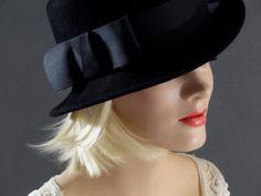 Black Felt Fedora Women s Vintage Hats Designer Frank Olive 1960 s  Accessories by SueEllensFlair on Etsy Vintage 0933feae8b8a