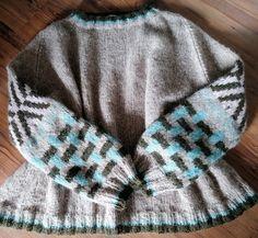 Skappel/ Hilde genser. Men Sweater, Sweaters, Fashion, Moda, Fashion Styles, Men's Knits, Sweater, Fashion Illustrations, Sweatshirts