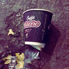#ReuseCoffeeCup #london #travelling #weekendbreak  #reuse #zerowaste #recycle #sustainability #encouragement #please #pickupyourtrash #trash #rubbish #paper #plastic #environmental #pollution #saveourseas #saveearth #saveourwater #eco #ecology #uk #england #city #autumn #awareness